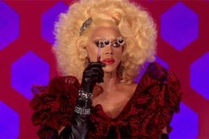 rupaul opera glasses